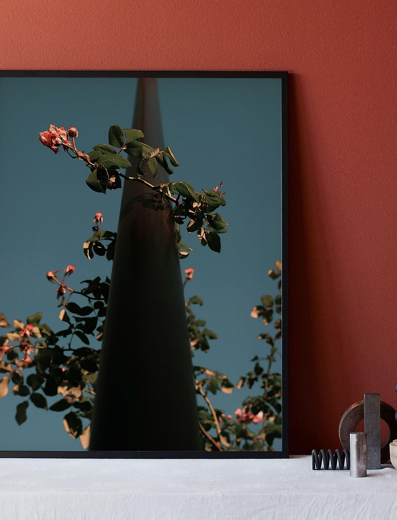 Democratic Gallery - Poster Flowers - home decor - blue - 1