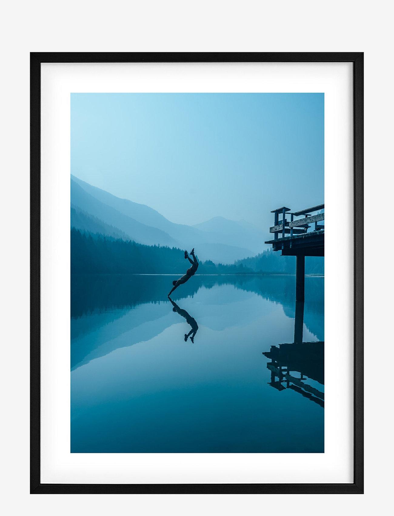 Democratic Gallery - Poster Night Swim - wystrój domu - blue - 0