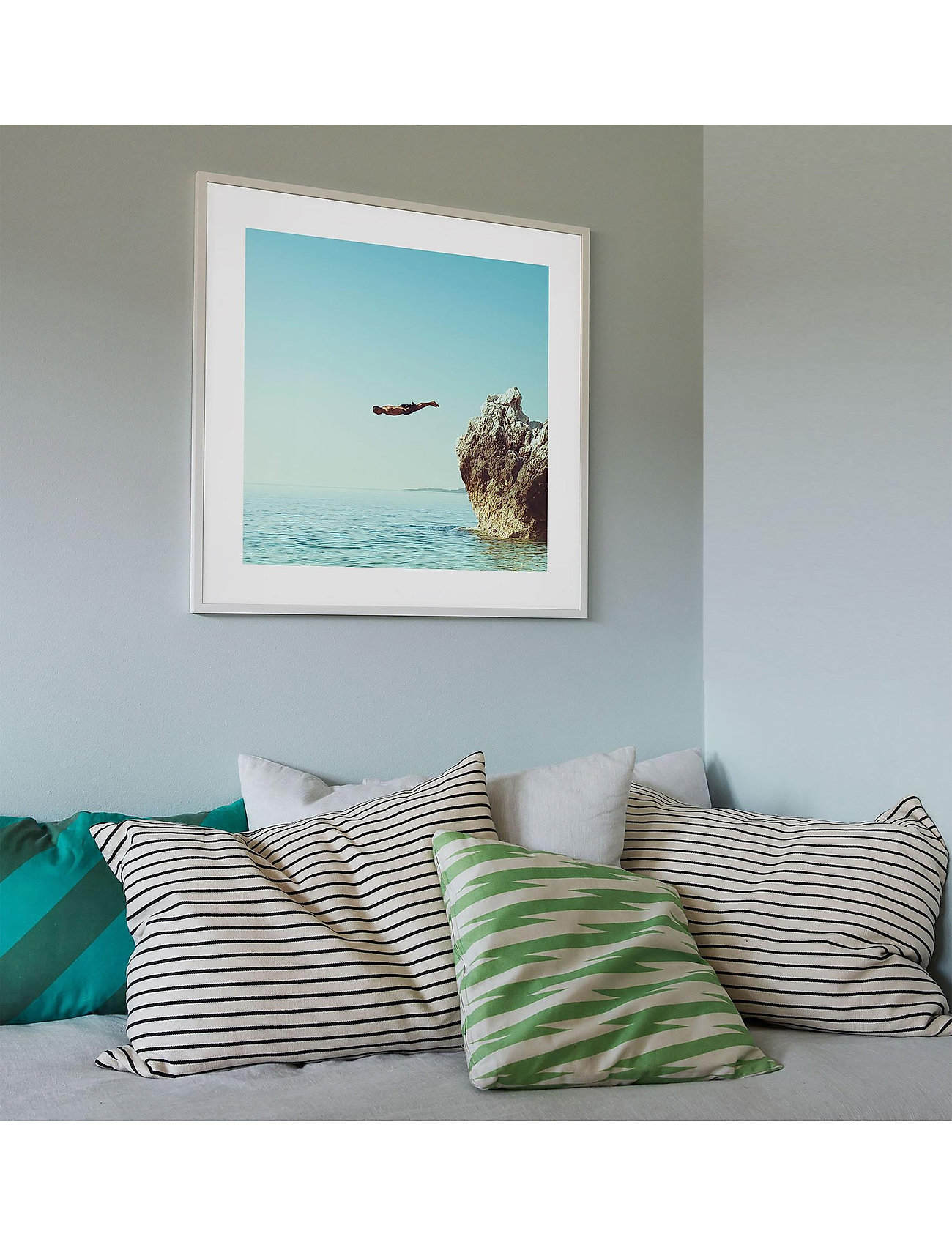 Democratic Gallery - Poster Cliff Dive - home decor - blue - 1