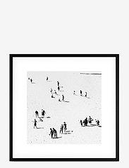 Democratic Gallery - Poster Monochrome Sand Beach - wystrój domu - black - 0