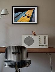 Democratic Gallery - Poster City Bird - home decor - yellow - 1