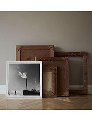 Democratic Gallery - Poster Balanced Industry - home decor - black - 1