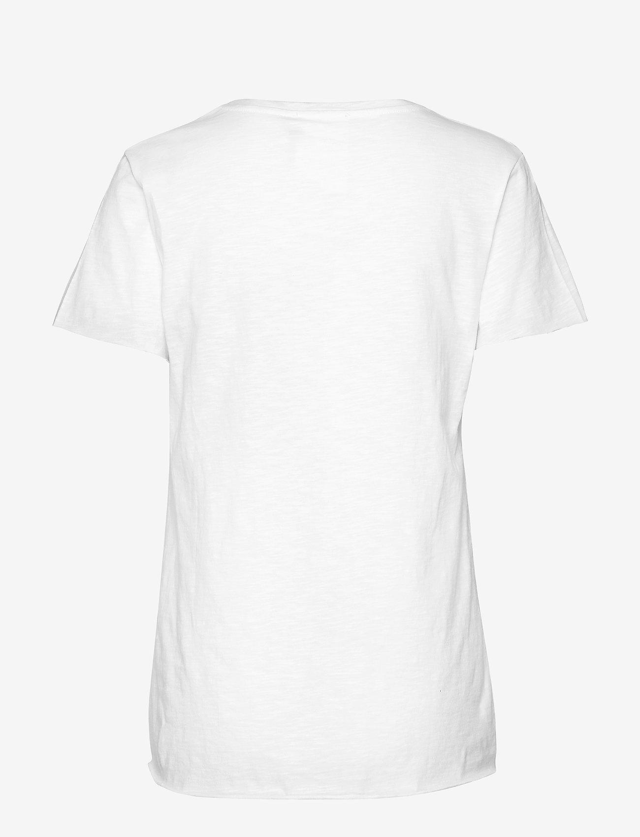 08 The Vtee (Optical White) (29.95 €) - Denim Hunter G00r2