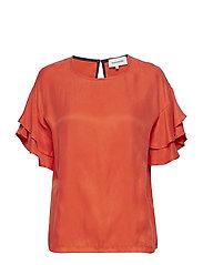 Haley T-shirt - RED ORANGE