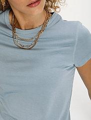 Denim Hunter - 16 THE MODAL TEE - t-shirts - ashley blue - 5