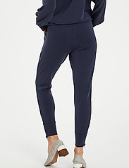 Denim Hunter - 22 THE SWEAT PANT - sweatpants - navy blazer - 8
