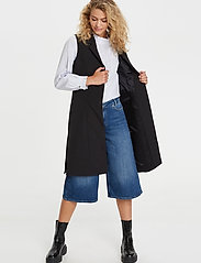 Denim Hunter - DHIda Waistcoat - puffer vests - black - 0