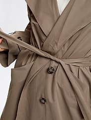 Denim Hunter - DHLiv Trenchcoat - trenchcoats - walnut - 6