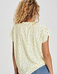 Denim Hunter - DHMaya SS Shirt - kortärmade blusar - afterglow dot print - 3