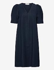 Denim Hunter - DHLouisa Dress - vardagsklänningar - total eclipse - 1