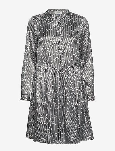 DHIlma Dress Light Woven - korte kjoler - black print