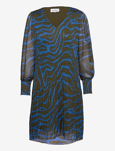 DHZitha Blouse - robes courtes - blue zebra print
