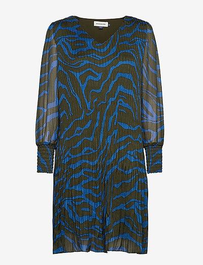 DHZitha Dress - korte kjoler - blue zebra print
