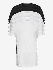 Denim project - DP Longy Tee 5 Pack - basic t-shirts - 3 black/ 2 white - 0