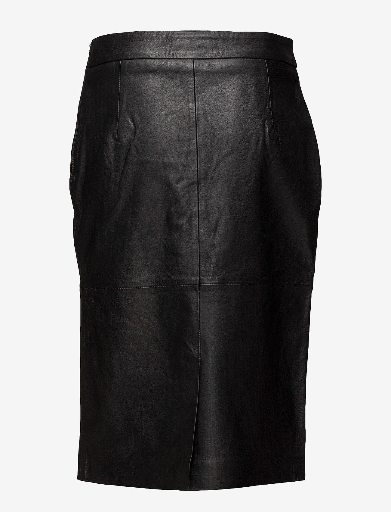 Skirt (Black) (1911.65 kr) - DEPECHE