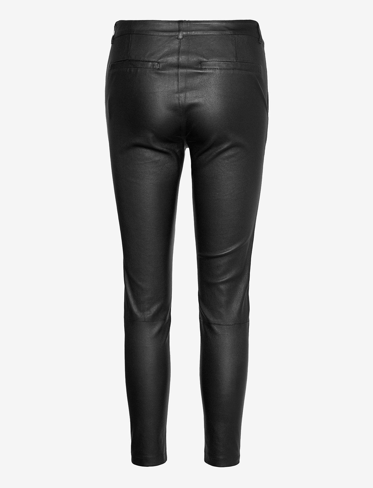 DEPECHE - Stretch pant 7/8 length - læderbukser - black - 1