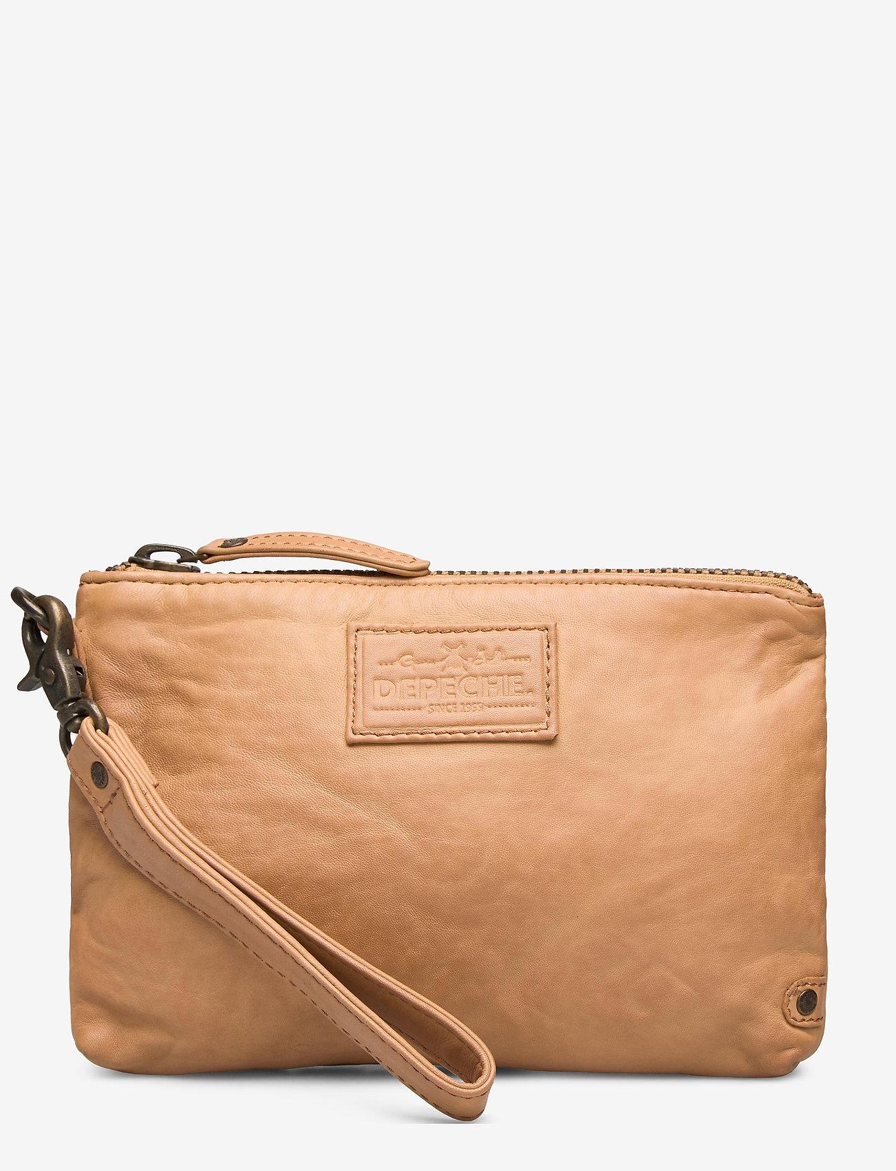 DEPECHE - Cosmetic bag - kirjekuorilaukut - 156 camel - 0