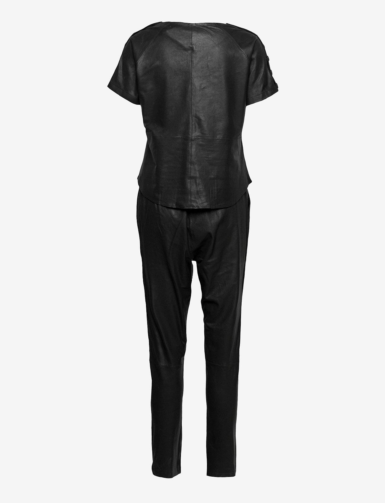 DEPECHE - Jumpsuit - jumpsuits - black - 1