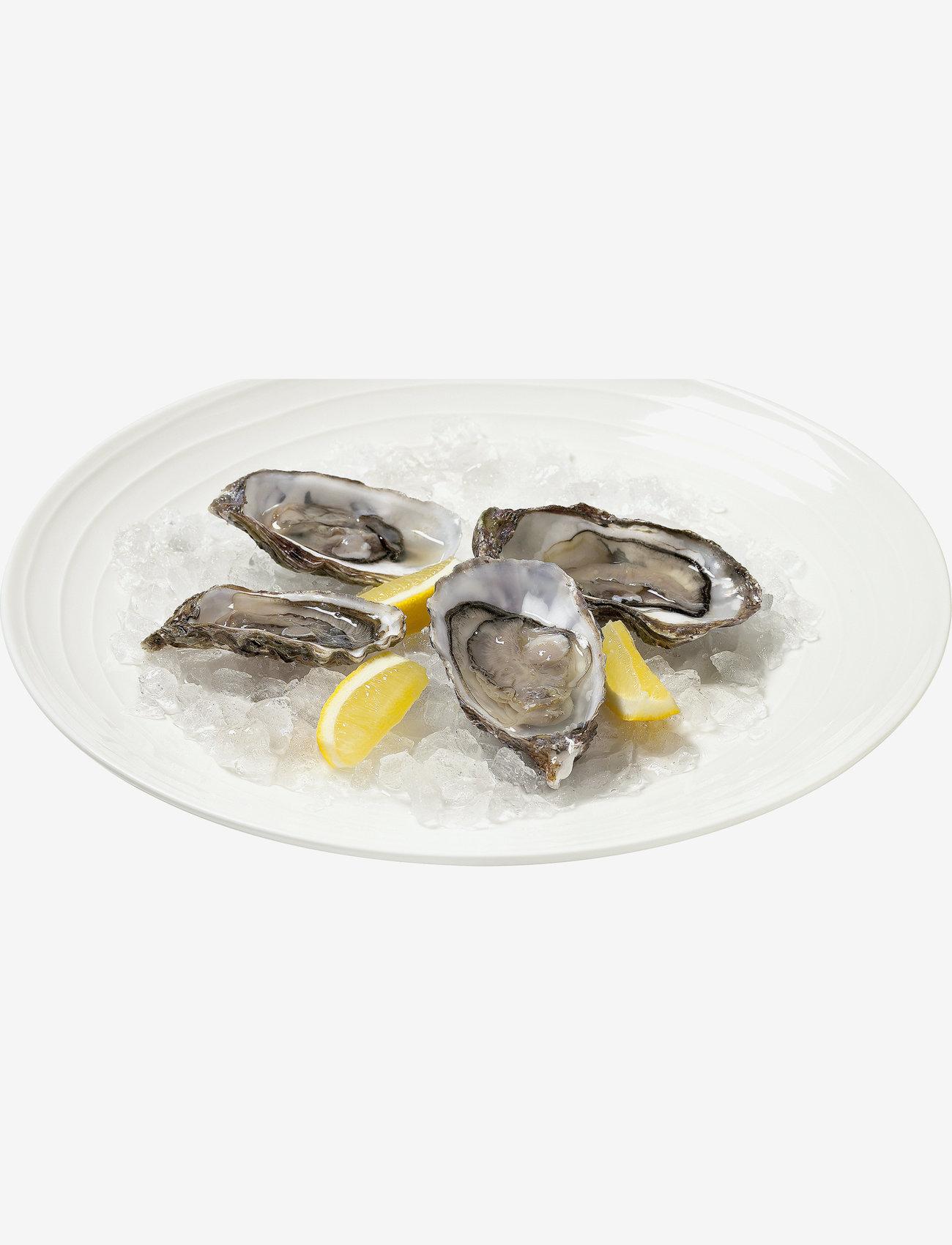 Design House Stockholm - Blond big serving plate - serveringsfat - white/stripe - 1