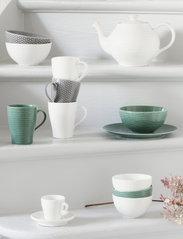 Design House Stockholm - Blond soup/cereal bowl - aamiaiskulhot - green/stripe - 1