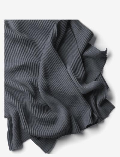 Pleece throw - huovat & viltit - dark grey