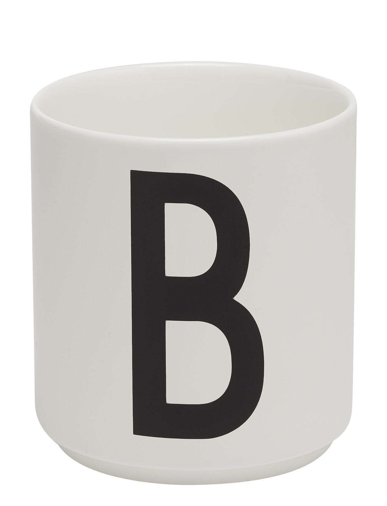 Design Letters Porcelain cup a-z, æ, ø - WHITE