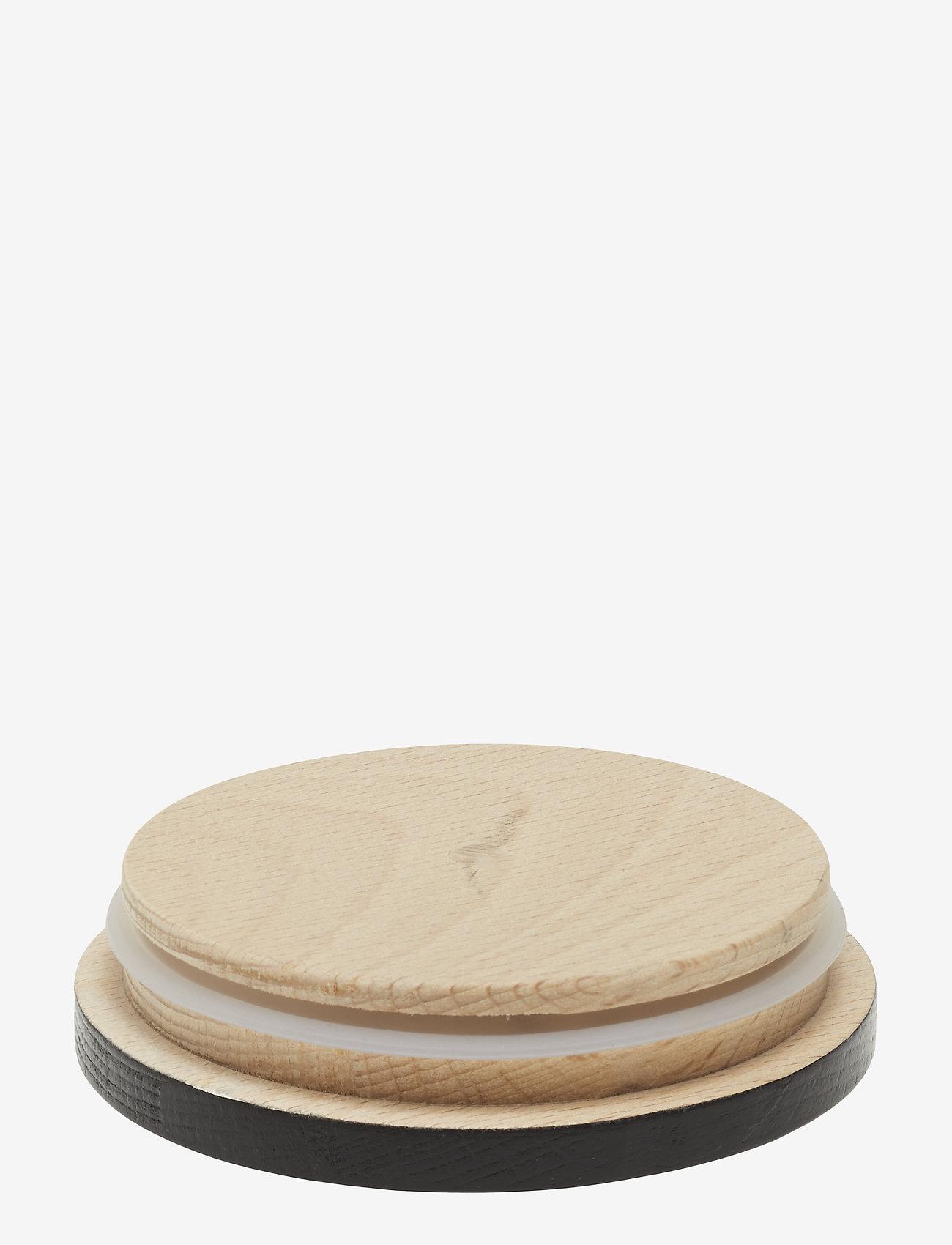 Wooden Lid For Porcelain Cup (Black) (8 €) - Design Letters CbICI