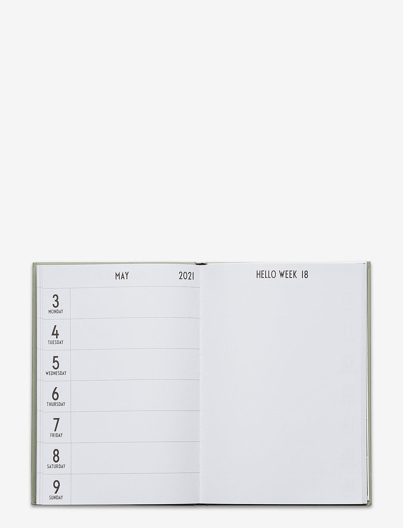 Design Letters - Calendar 2021 - interiør - darkgreen 5507u - 1