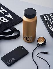 Design Letters - Exclusive charger - chargeurs et câbles - gold - 0