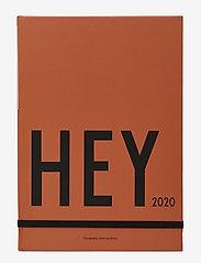 Design Letters - Calendar, 2020 - wystrój domu - camel - 0