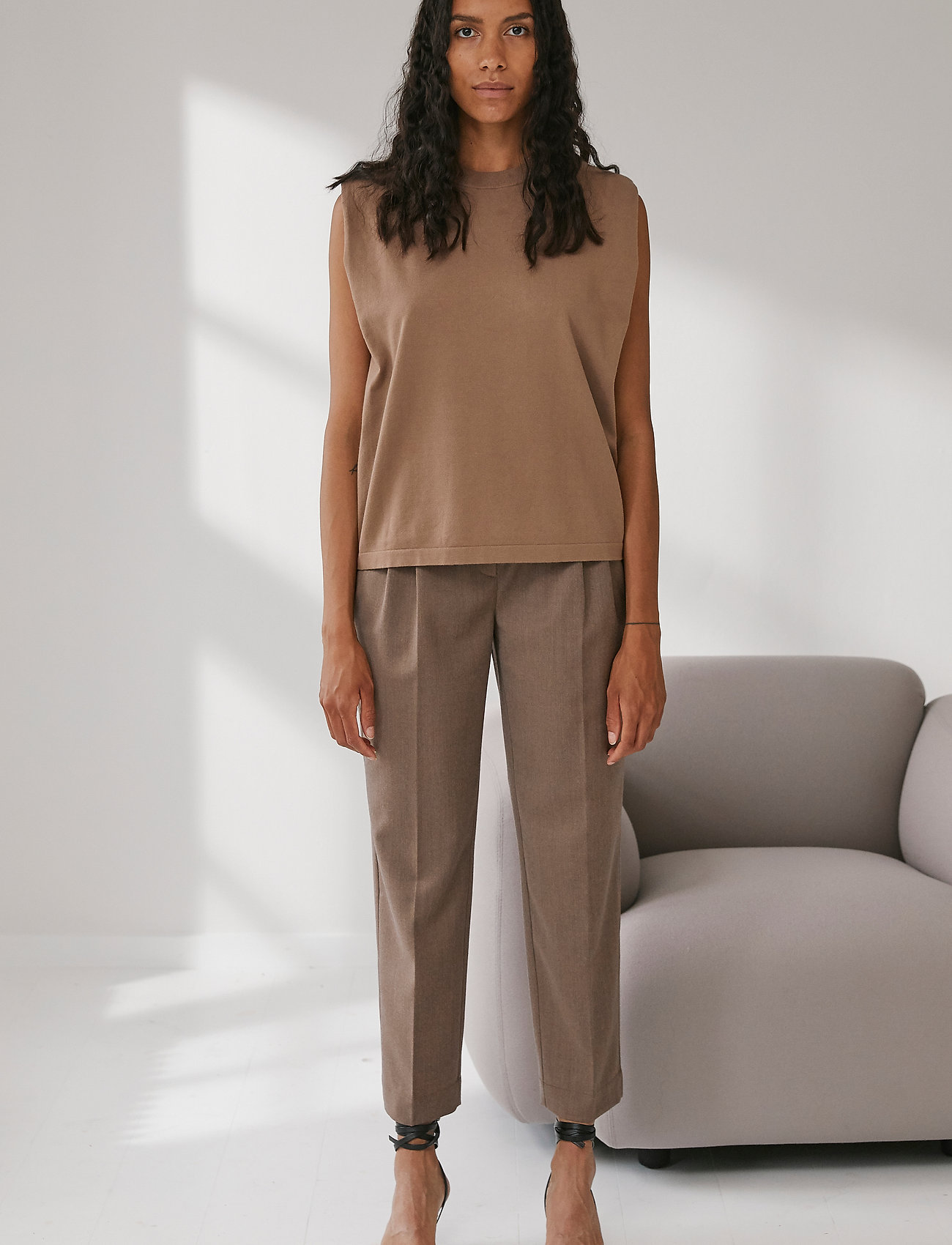 DESIGNERS, REMIX - Mandy Muscle Tee - strikkede toppe - taupe - 0