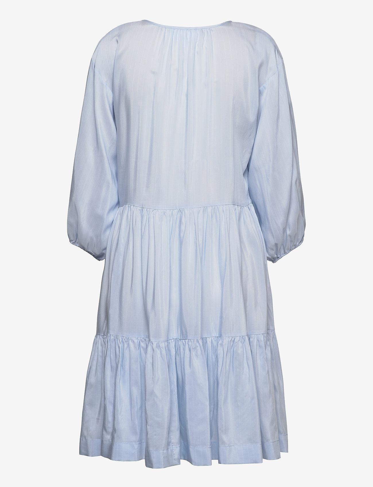 Voluminous Wrap Dress (Light Blue) (153 €) - DESIGNERS REMIX NZ1C8Xp3