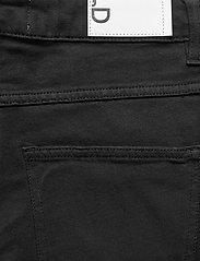 DESIGNERS, REMIX - High-rise straight-leg cropped jeans - straight regular - black - 4