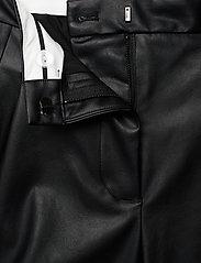 DESIGNERS, REMIX - Marie Waist Shorts - læder shorts - black - 3