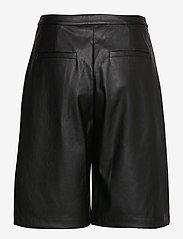DESIGNERS, REMIX - Marie Waist Shorts - læder shorts - black - 1