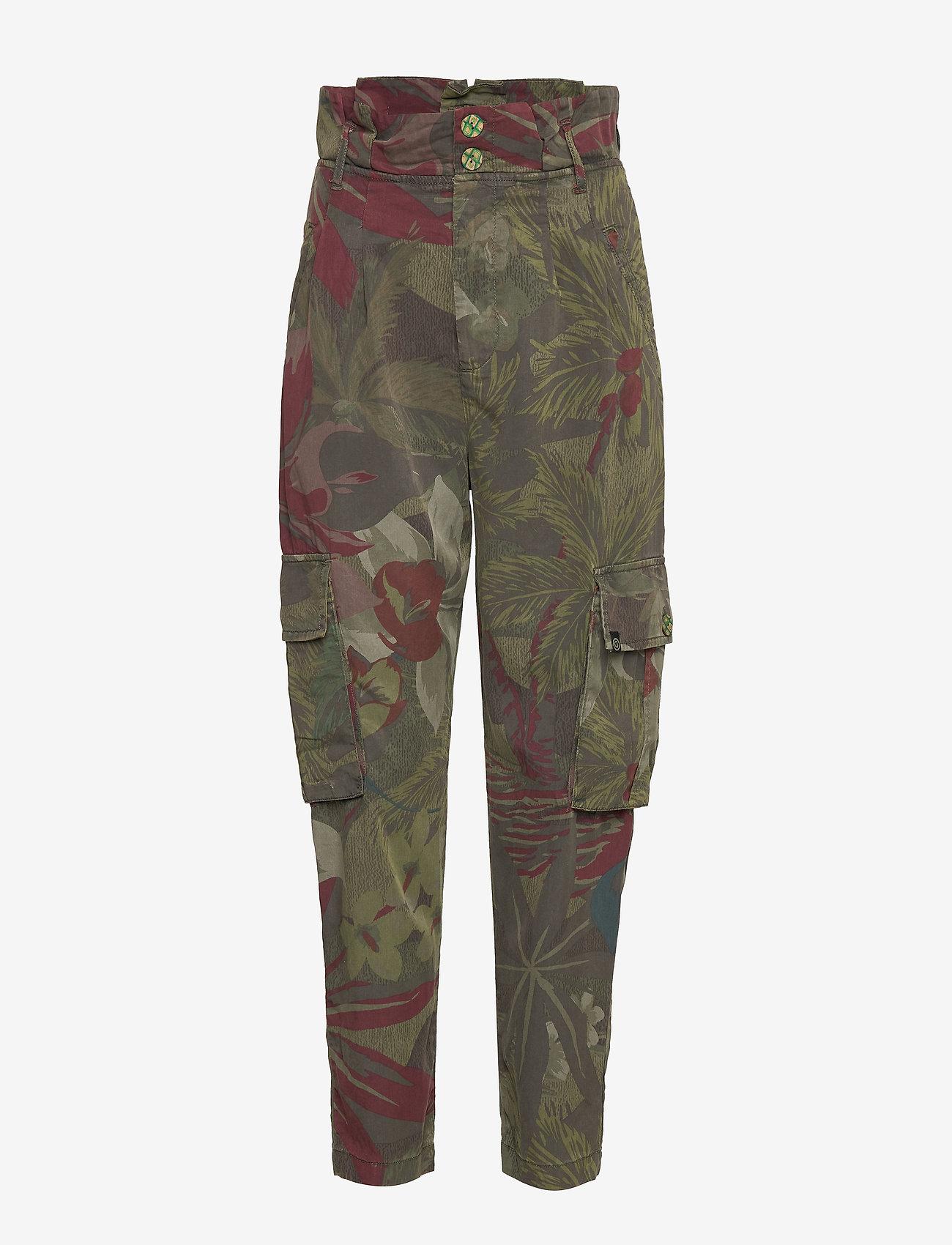 Pant Wildyou (Verde Militar) (824.25 kr) - Desigual