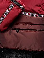 Desigual - PADDED SAKARI - wyściełane płaszcze - borgoÑa - 9