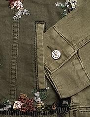 Desigual - CHAQ BRILLIGRIN - jeansjackor - olivine - 3