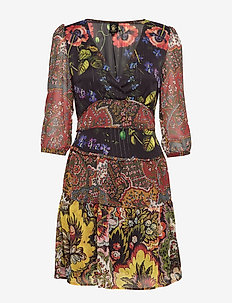 VEST DEBRECEN - korte jurken - mostaza