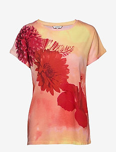 TS RED FLOWERS - t-shirts - rosa frances