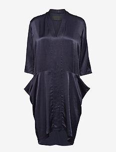 V-neck pocket dress - BLUE