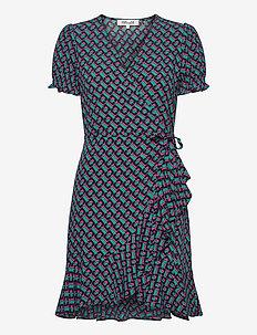 DVF EMILIA - midi dresses - 3d chain black