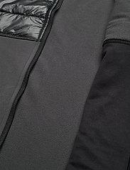 Didriksons - DEW USX VEST - gilets sans manches - coal black - 8