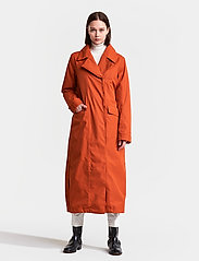 Didriksons - HANNA WNS COAT - trenchcoats - ember red - 5