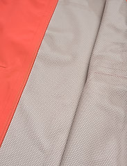 Didriksons - WIDA WNS JKT - kevyet takit - coral red - 8