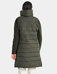 Didriksons - MY WNS VEST - puffer vests - forest green - 4