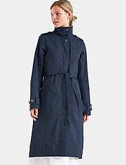 Didriksons - LOVA WNS COAT 3 - trenchcoats - dark night blue - 4
