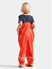 Didriksons - PLASKEMAN PANTS 4 - ensembles - poppy red - 3