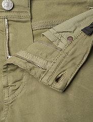 Diesel - THOMMER-J JJJ TROUSERS - jeans - verde salvia - 3
