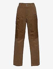 Diesel - PTRENT TROUSERS - trousers - sandy brown - 0